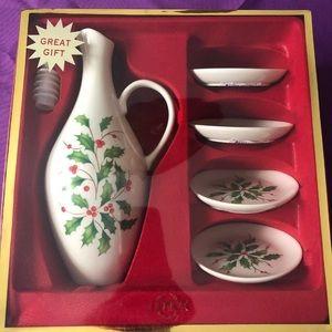 Lenox Holiday Oil Bottle Gift Set